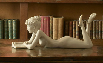 Sculpture by Tom Greenshields: Anya with Book